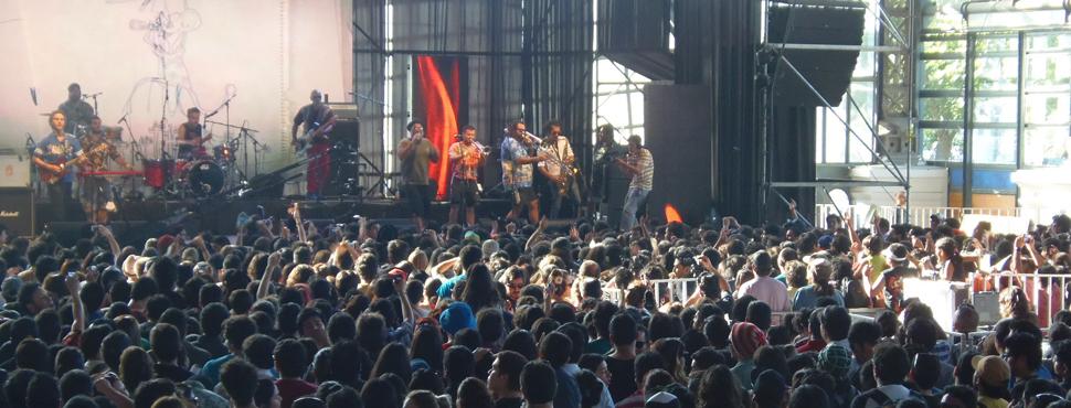 Chico Trujillo hizo bailar a 7.000 personas en Pulsar 2012
